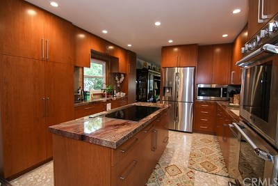 Palos Verdes Estates Single Family Home For Sale: 2416 Via Ramon