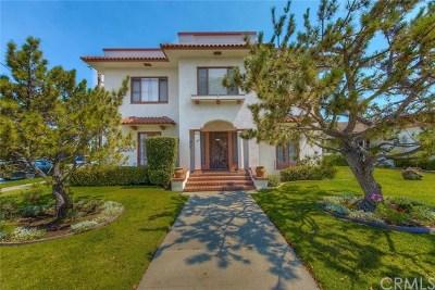 Orange Multi Family Home For Sale: 811 E Chapman Avenue E
