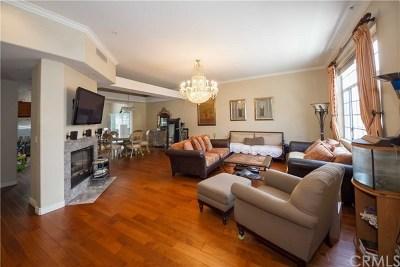 Montrose Condo/Townhouse For Sale: 2318 Montrose Avenue #4