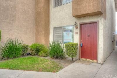 Anaheim Condo/Townhouse For Sale: 500 N Tustin Avenue #123