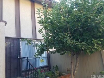 Mission Viejo Condo/Townhouse For Sale: 26306 Via Roble #11