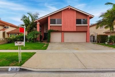 Santa Ana Single Family Home For Sale: 2610 W Hall Avenue