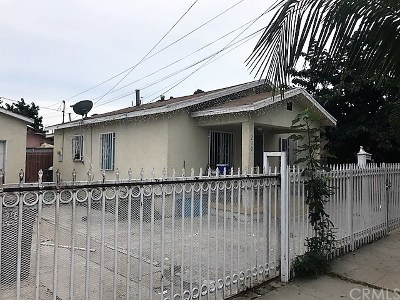Compton Single Family Home For Sale: 210 W Cocoa Street