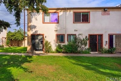 Santa Ana Condo/Townhouse For Sale: 1000 E Bishop Street #I1