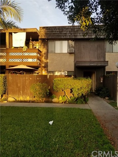 Santa Ana Condo/Townhouse For Sale: 611 S Newhope Street #G