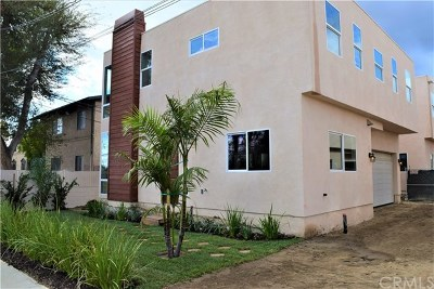 Panorama City Multi Family Home For Sale: 9237 Wakefield Avenue