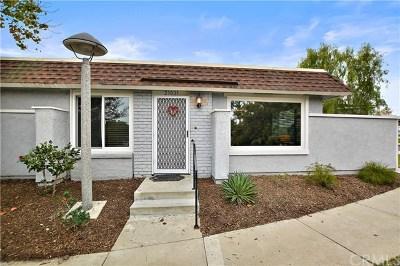 Mission Viejo Condo/Townhouse For Sale: 23021 Via Pimiento #A1