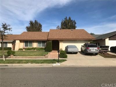 Orange Single Family Home Active Under Contract: 4819 E Silverleaf Avenue