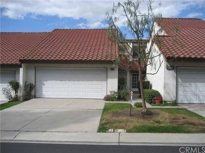 Orange Condo/Townhouse For Sale: 4633 E Via La Paloma #-4