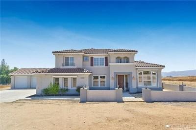 Riverside Single Family Home For Sale: 18880 Summerleaf Lane