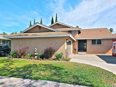 Long Beach Single Family Home For Sale: 7875 E Rosina Street