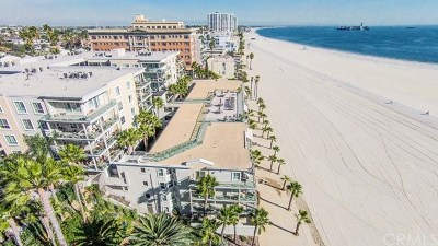 Los Angeles County Condo/Townhouse For Sale: 1000 E Ocean Boulevard #402