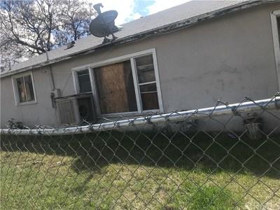 San Bernardino Single Family Home For Sale: 26085 Cypress Street