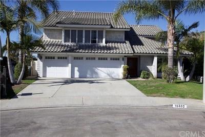 Los Alamitos Single Family Home Active Under Contract: 10402 Del Norte Way