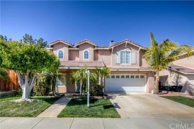 Corona Single Family Home Active Under Contract: 567 Viewpointe Circle