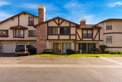 Anaheim Condo/Townhouse For Sale: 9010 Stacie Lane #27
