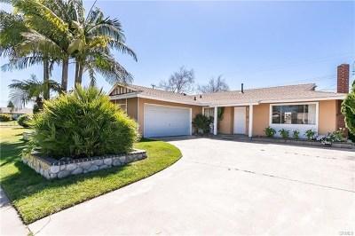 Garden Grove Single Family Home For Sale: 9572 Woodbury Avenue