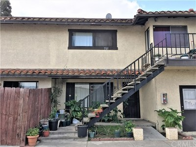 Santa Ana Condo/Townhouse For Sale: 3961 W McFadden Avenue #C