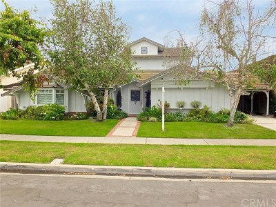 Rossmoor CA Single Family Home Active Under Contract: $1,295,000