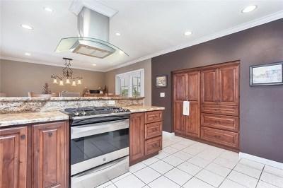 Costa Mesa Single Family Home For Sale: 332 Bordeaux Lane