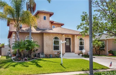 Lakewood Single Family Home For Sale: 6138 Elsa Street