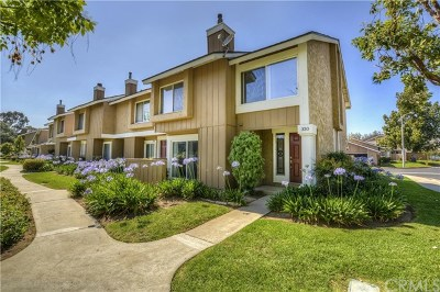 Placentia Condo/Townhouse For Sale: 330 Chinook Drive