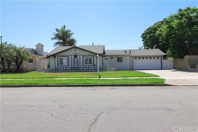 Anaheim Single Family Home For Sale: 1527 S Old Fashion Way