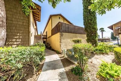 Santa Ana Condo/Townhouse For Sale: 3050 S Bristol Street #G6