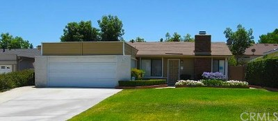 Corona Single Family Home For Sale: 994 Cottonwood Court