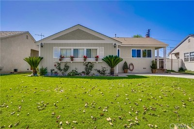 Long Beach Single Family Home For Sale: 3153 N Los Coyotes Diagonal
