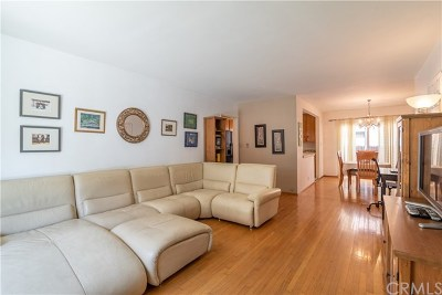 Alamitos Heights (Ah) Condo/Townhouse For Sale: 2049 E 3rd Street #7