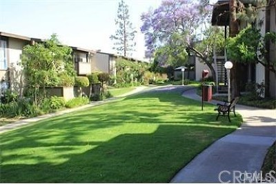 Torrance Condo/Townhouse For Sale: 23300 Sesame Street #B