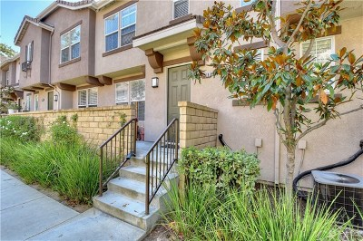 Brea Condo/Townhouse For Sale: 749 Sather Court #46