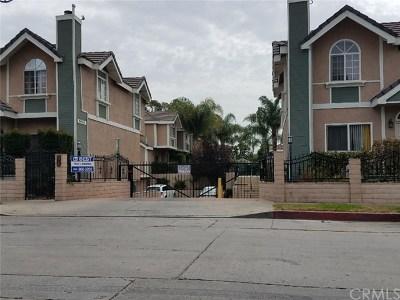 North Hills Condo/Townhouse For Sale: 8958 Burnet Avenue #H3