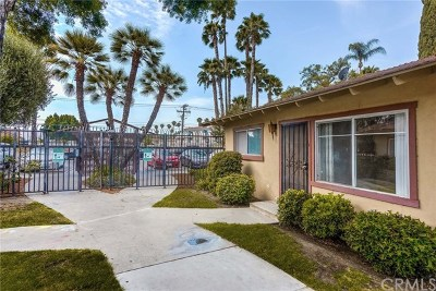 Anaheim Condo/Townhouse Active Under Contract: 1541 E La Palma Avenue #A1