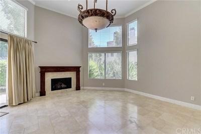 Orange Condo/Townhouse For Sale: 5739 E Stillwater Avenue #10