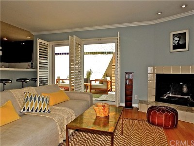Long Beach Condo/Townhouse For Sale: 4425 E 5th Street #B