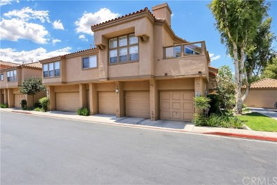 Irvine Condo/Townhouse For Sale: 134 Cartier Aisle