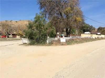 Loma Linda Single Family Home For Sale: 24754 Scotch Lane