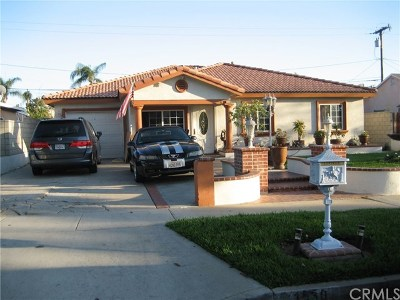 Santa Ana Single Family Home For Sale: 1530 11th St