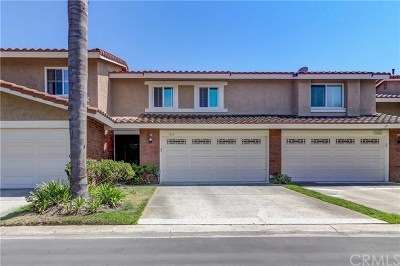 Huntington Beach Condo/Townhouse For Sale: 7832 Sailboat Circle #21