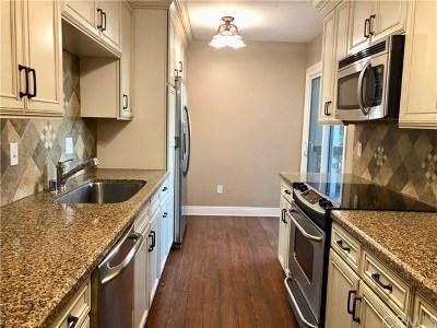 Seal Beach Condo/Townhouse For Sale: 12200 Montecito Road #B323