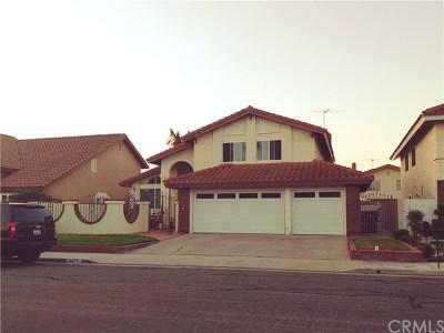 Huntington Beach Single Family Home For Sale: 8871 Cliffside Drive