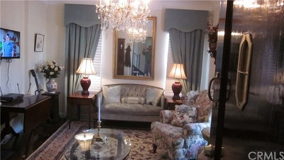 Long Beach Single Family Home For Sale: 234 Lime Avenue #C