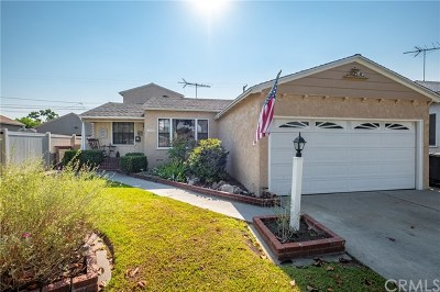 Lakewood Single Family Home For Sale: 5124 Verdura Avenue