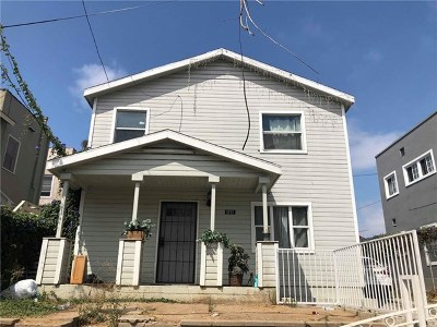 Long Beach Single Family Home For Sale: 1111 N Electric Court