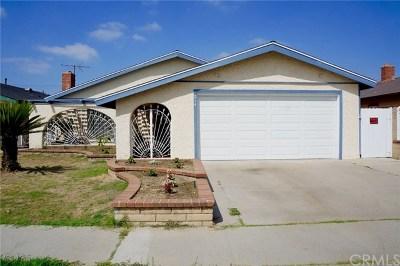 Santa Ana Single Family Home For Sale: 214 N Cooper Street