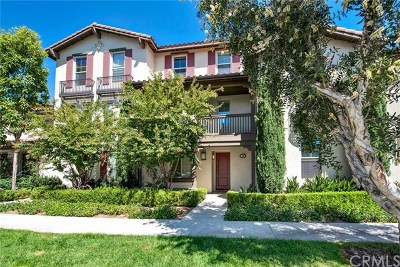 Irvine Condo/Townhouse For Sale: 63 Sable