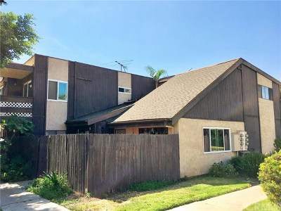 Santa Ana Condo/Townhouse For Sale: 605 S Newhope Street #D