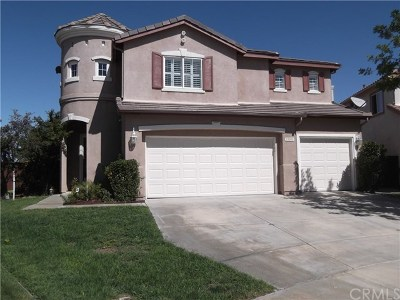 Temecula Single Family Home Active Under Contract: 33090 Yucca Street